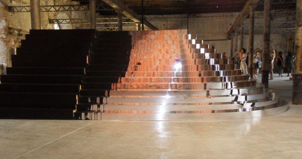Monica Bonvicini, Untitled (15 Steps to Virgin), 2011; Foto: Alexandra Matzner.