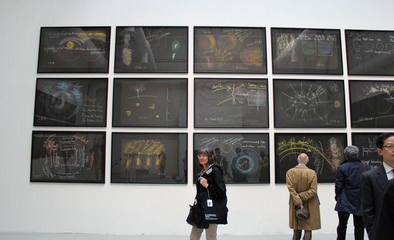 Installationsansicht Walter Pichler und Rudolf Steiner auf der Biennale von Venedig 2013, Foto: Alexandra Matzner.