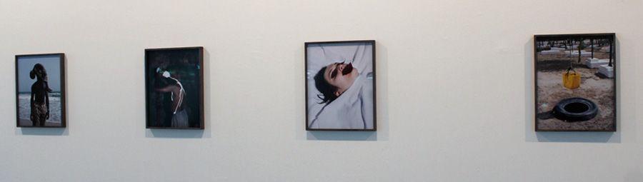 Viviane Sassen (* 1972) auf der Biennale, Installationsfoto: Alexandra Matzner.