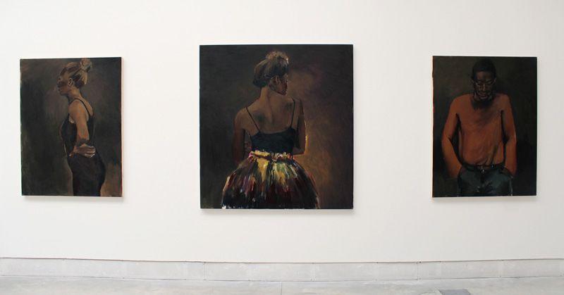 Lynette Yiadom-Boakye (* 1977), Installationsfoto: Alexandra Matzner.