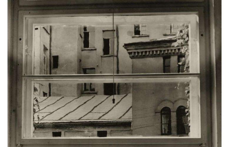 Aenne Biermann, Blick aus meinem Atelierfenster, Detail, vor 1930 (Foto: Sibylle Forster, Stiftung Ann und Jürgen Wilde, Pinakothek der Moderne, Bayerische Staatsgemäldesammlungen, München)