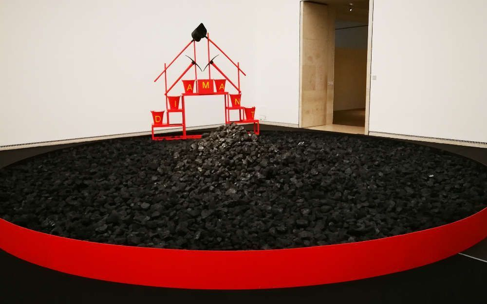 Ahmet Öğüt, Black Diamond, 2010–2017, Installation im Leopold Museum, Foto: Alexandra Matzner, ARTinWORDS.