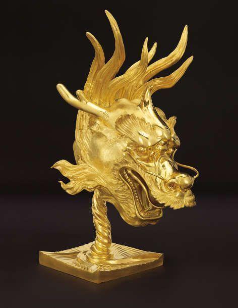 Ai Weiwei, Circle of Animals/Zodiac Heads: Gold (Dragon), 2010, Bronze, vergoldet (Images courtesy of the artist, Privatsammlung)