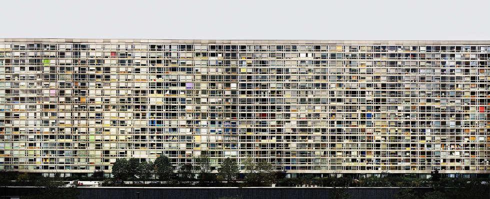 Andreas Gursky, Paris, Montparnasse, 1993, © Andreas Gursky / VG Bild-Kunst, Bonn 2020, Courtesy: Sprüth Magers