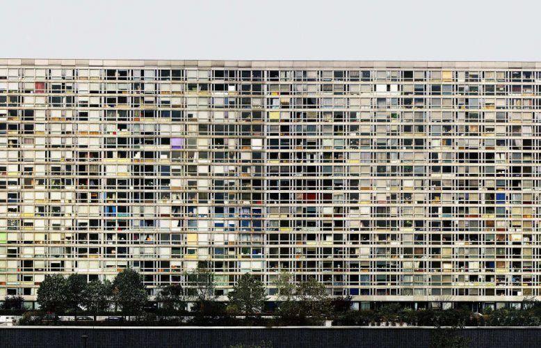 Andreas Gursky, Paris, Montparnasse, Detail, 1993, © Andreas Gursky / VG Bild-Kunst, Bonn 2020, Courtesy: Sprüth Magers