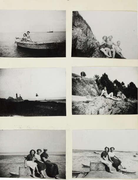 Christian Boltanski, Album de Photo de la Famille D. (Detail), 1971, 25 Fotocollagen, Deckblatt, Typoskript, je 28 × 21 cm (MUSEUM MMK FÜR MODERNE KUNST, Frankfurt am Main, Foto: Axel Schneider © Bildrecht Wien, 2021)