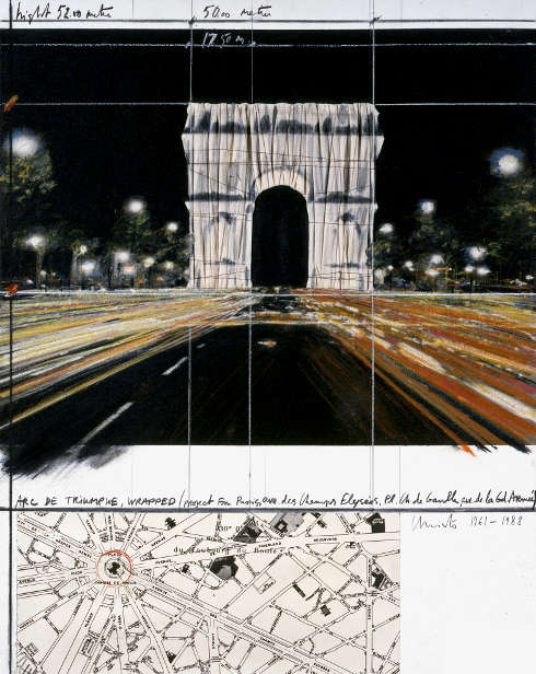 Christo, Arc de Triumphe, Wrapped (Project for Paris), Collage, 1988, Bleistift, Stoff, Faden, Pastell, Kohle, Ölkreide, Karte und Photostat, 71 x 56 cm © Property of the Estate of Christo V. Javacheff