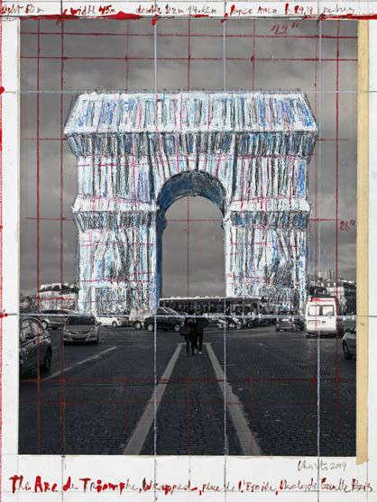 Christo und Jeanne-Claude, The Arc de Triomphe, Wrapped Project for Paris, Place de l'Étoile – Charles de Gaulle, 2019, Bleistift, Wachskreide, Emailfarbe, Fotografie von Wolfgang Volz, Klebeband und Kleber, 28 x 21,5 cm, Foto © André Grossmann