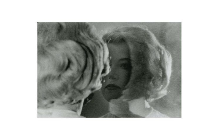 Cindy Sherman, Untitled Film Still #56, 1980, Silbergelatinedruck, 16,2 x 24 cm (The Museum of Modern Art, New York. Acquired through the generosity of Jo Carole and Ronald S. Lauder in memory of Mrs. John D. Rockefeller 3rd © Cindy Sherman, courtesy the artist and Metro Pictures, New York)