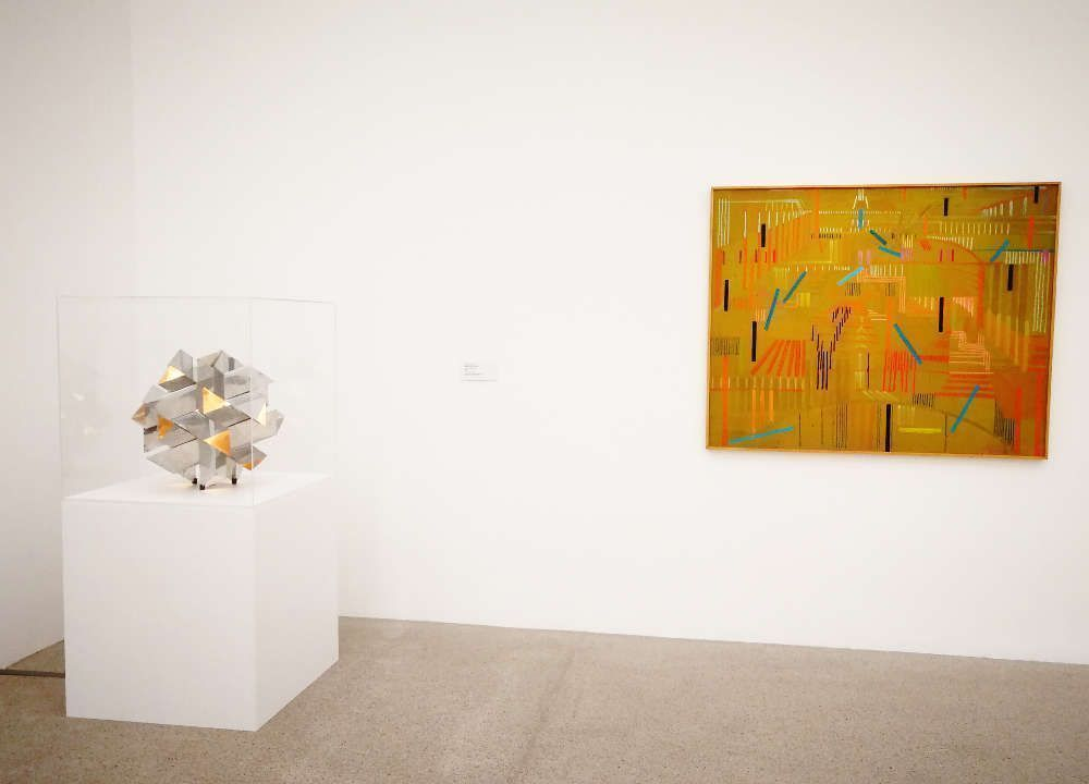 Constantin Flondor, Knoten und Feld – Sonne, Ausstellungsansicht mumok, Foto: Alexandra Matzner, ARTinWORDS.