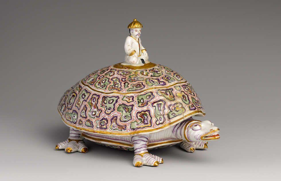 Deckeldose in der Form einer Schildkröte, um 1730, Manufaktur des Claudius Innocentius Du Paquier, © Joe Coscia Jr./MAK
