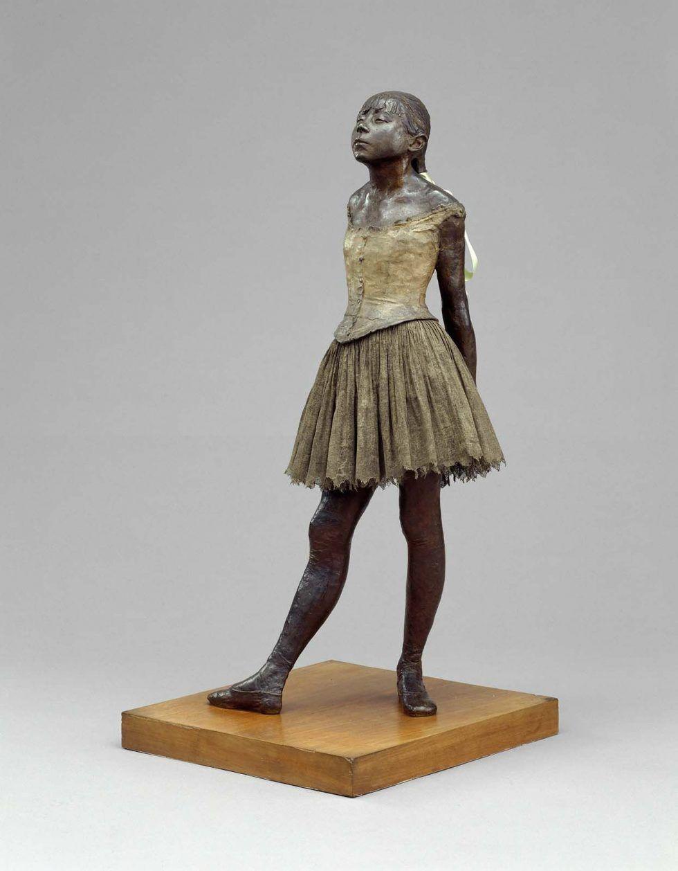 Edgar Degas, Petite danseuse de quatroze ans [Kleine vierzehnjährige Tänzerin], Original aus Wachs 1880/81, Abguss um 1932/36, Bronze, teilweise bemalt, Baumwoll-Tutu und Seidenband, 98 cm (Stiftung Sammlung E. G. Bührle, Zürich)