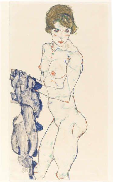 Egon Schiele, Stehender Frauenakt mit blauem Tuch, 1914, Opake Farbe, Aquarell, Grafit auf Velinpapier, 48.3 x 32.2 cm (Germanisches Nationalmuseum, Nürnberg)