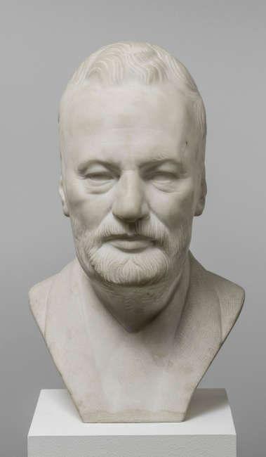 Georg Römer (1868–1922), Bildnis Albert Martin Wolffson (1847–1913), vor 1916, Marmor, 45 x 28,5 x 27,5 cm (© Hamburger Kunsthalle / bpk, Foto: Christoph Irrgang)