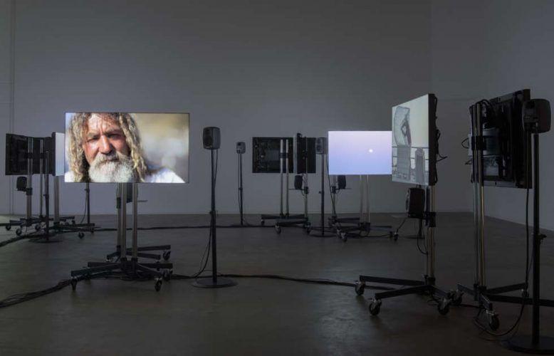 Gerard Byrne, A Visibility Matrix, 2018, Ausstellungsansicht Douglas Hyde Gallery, Dublin, Foto Louis Haugh