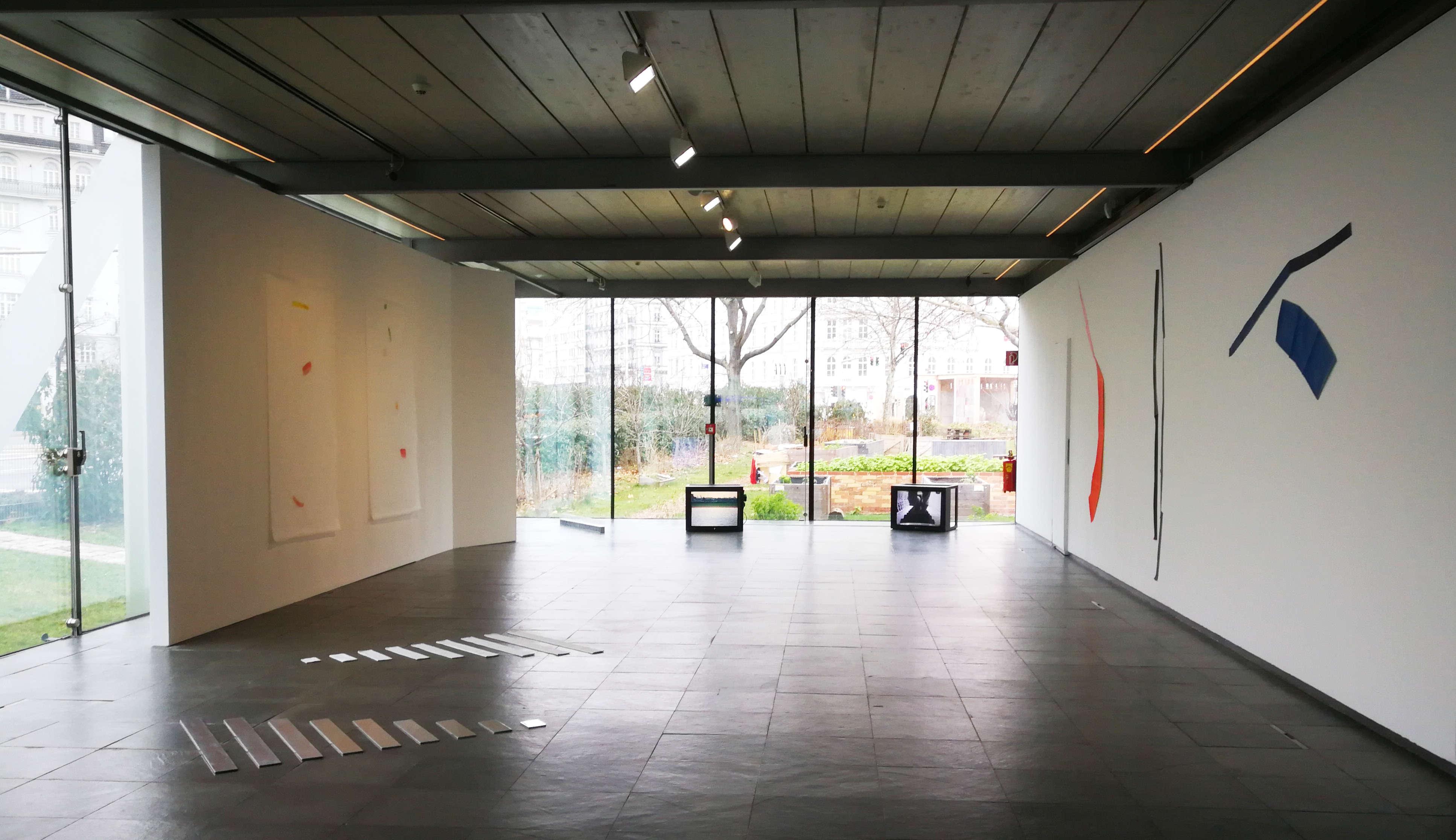 Guy Mees. Das Wetter ist ruhig, kühl und mild, Ausstellungsansicht Kunsthalle Wien Karlsplatz, Foto: Alexandra Matzner, ARTinWORDS