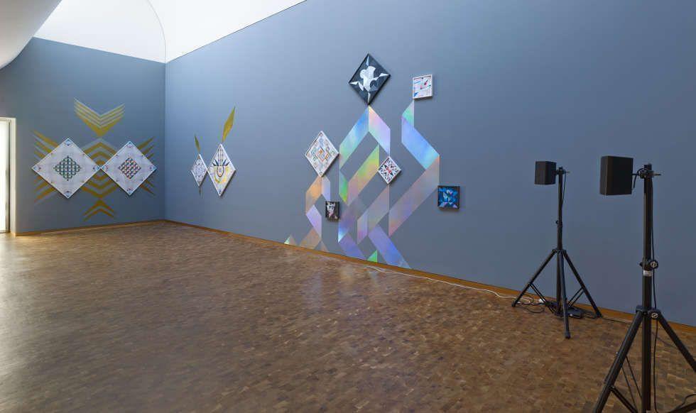 Haegue Yang, Trustworthies, seit 2010, Installationsansicht Haegue Yang: ETA 1994–2018. Wolfgang-Hahn-Preis 2018, Museum Ludwig, Köln, 2018 © Haegue Yang, Foto: Saša Fuis, Köln