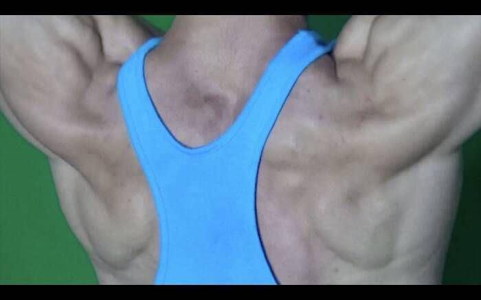Hannah Black, Bodybuilding, Rücken, 2015, Digitales Video, Farbe, Ton, 8:10 Min., in Auftrag gegeben von Yarat Contemporary Art Centre, Baku.