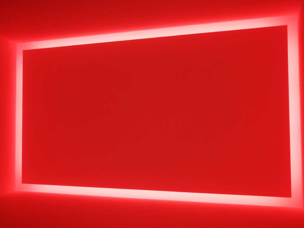 James Turrell, Dasube (Dual Shallow Space Construction) (rot), 2011, Installation (Privatsammlung, Foto: Alexandra Matzner, ARTinWORDS)