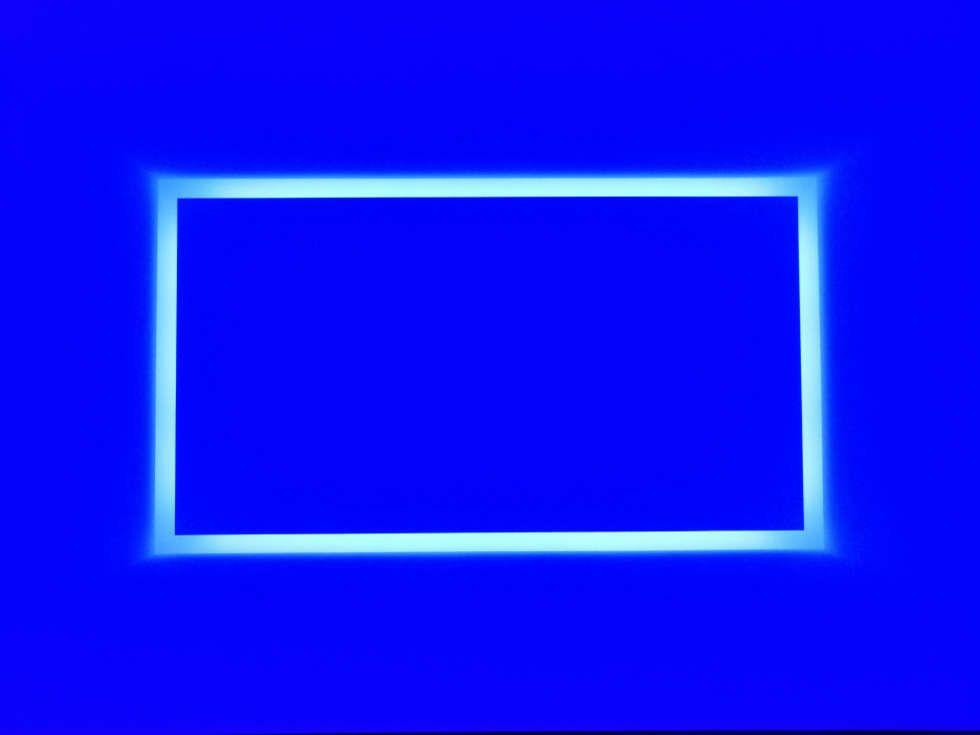 James Turrell, Dasube (Dual Shallow Space Construction) (blau), 2011, Installation (Privatsammlung, Foto: Alexandra Matzner, ARTinWORDS)