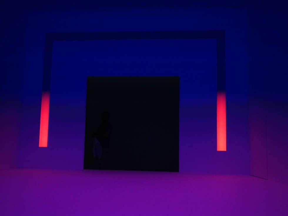 James Turrell, Ganzfeld APANI (dunkel), 2011, Installation, LED, 16 x 12 x 6 m (Installationsansicht: Alexandra Matzner, ARTinWORDS)
