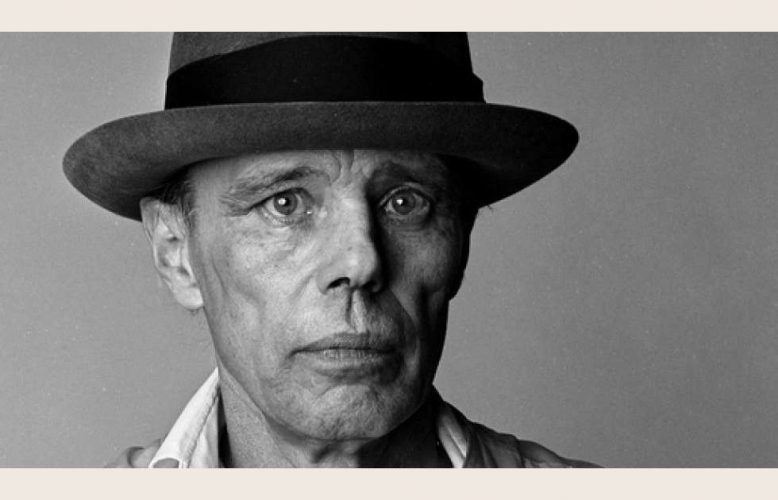 Joseph Beuys (1921-1986), Paris, 1985 © Laurence Sudre / Bridgeman Images
