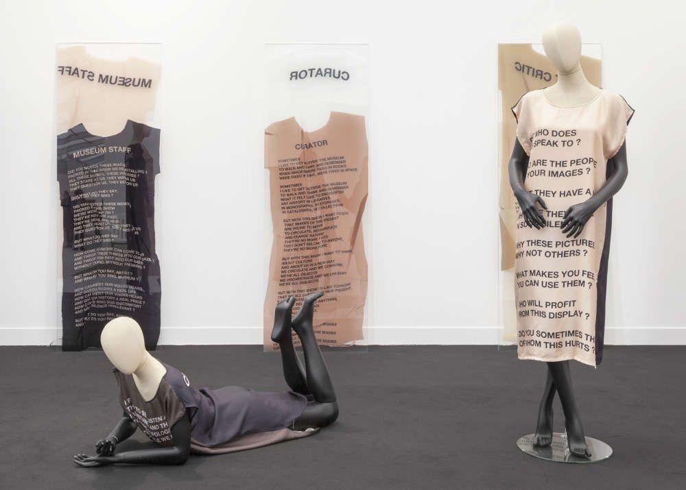 Lili Reynaud-Dewar (2) in der Galerie Emanuel Layr, Abteilung Focus © & Foto: courtesy Künstlerin und Galerie