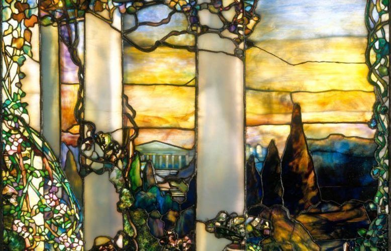 Louis Comfort Tiffany, Hinds House Window, Detail, um 1900, Glasfenster, 227.3 x 114.3 cm (Cleveland Museum of Art, Gift of Mrs. Robert M. Fallon 1966.432)