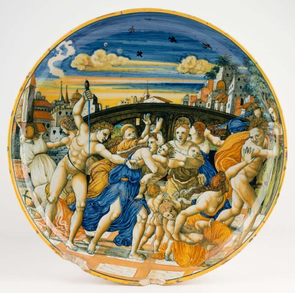 Anonym, Schale mit der farbig gemalten Szene des Kindermordes in Betlehem, vor einer Brücke stattfindend, im Hintergrund eine Stadtansicht, nach einem Vorbild aus der Raffael-Werkstatt, Urbino, 1535 bis 1555 (MAK, Glas und Keramik, Inv.-Nr. KE 3597)