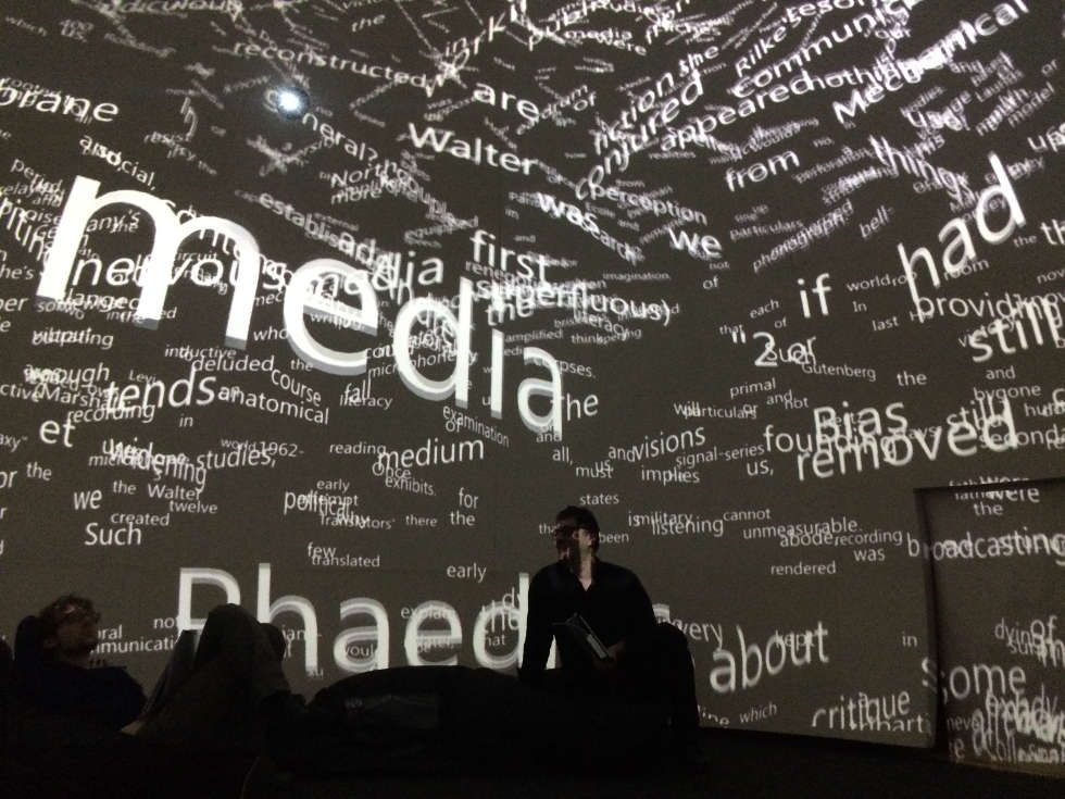 Martin Kusch, Ruth Schnell, Marie-Claude Poulin, Liminal Spaces, Präsentation im Dome-Lab, Abteilung Digitale Kunst, Universität für angewandte Kunst Wien