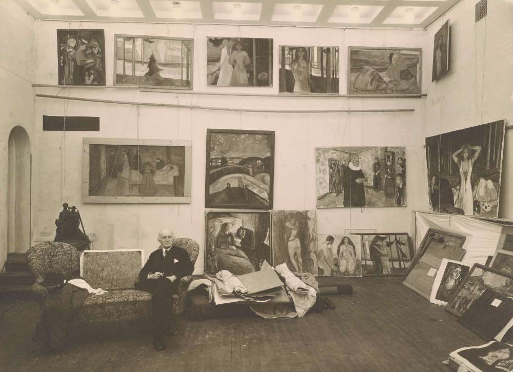 Edvard Munch in seinem Winteratelier, 1938; courtesy Munch Museum, Oslo.