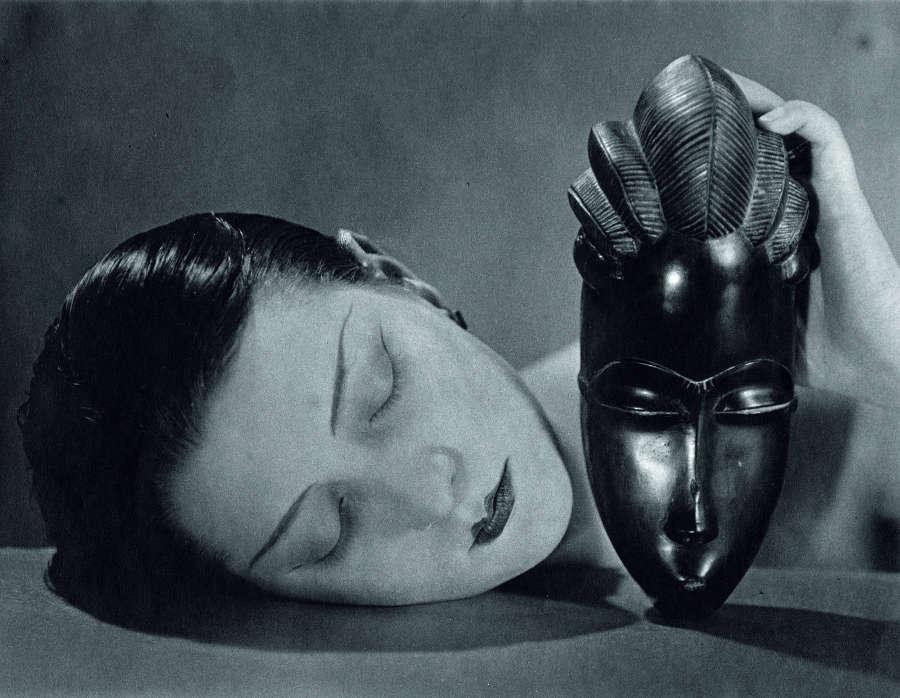 Man Ray, Noire et Blanche, 1926 (um 1970), Silbergelatineprint (Galerie 1900-2000, Paris © MAN RAY TRUST/ Bildrecht, Wien, 2017)