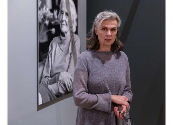 Sabine Fellner in Kraft des Alters, Foto: Johannes Stoll © Belvedere, Wien