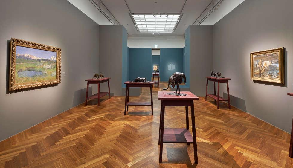Segantini und Bugatti, Ausstellungsansicht EN PASSANT. Impressionismus in Skulptur, Foto: Städel Museum / Norbert Miguletz