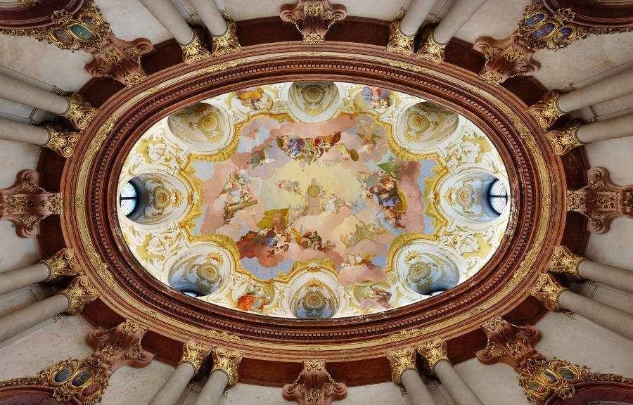 Stift Klosterneuburg, Marmorsaal, Deckenfresko