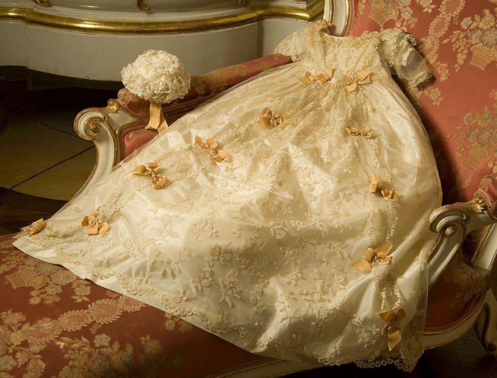 Taufkleid Kaiserin Elisabeths © SKB, Foto Edgar Knaack