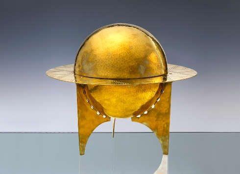 Wenzel Hablik, Saturndose, 1922, Messing, Kupfer, 31, dm 35,7 cm (Wenzel-Hablik-Museum, Itzehoe © Foto: Wenzel-Hablik-Stiftung, Itzehoe)