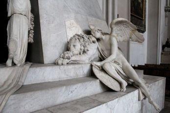Antonio Canova, Grabmal für Erzherzogin Marie Christine von Sachsen-Teschen, 1800-1805, Trauerengel, Foto: Alexandra Matzner.