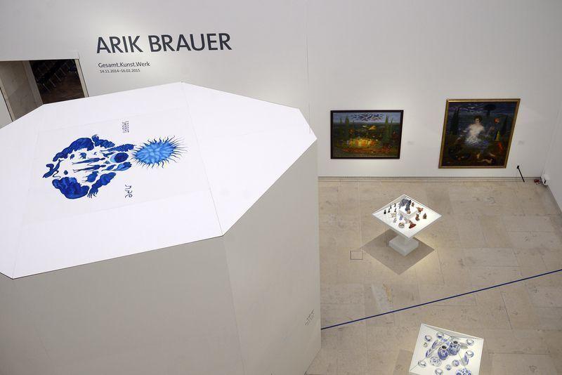 Arik Brauer. Gesamt-Kunst.Werk, Installationsansicht Leopold Museum 2014, Foto:Apa.
