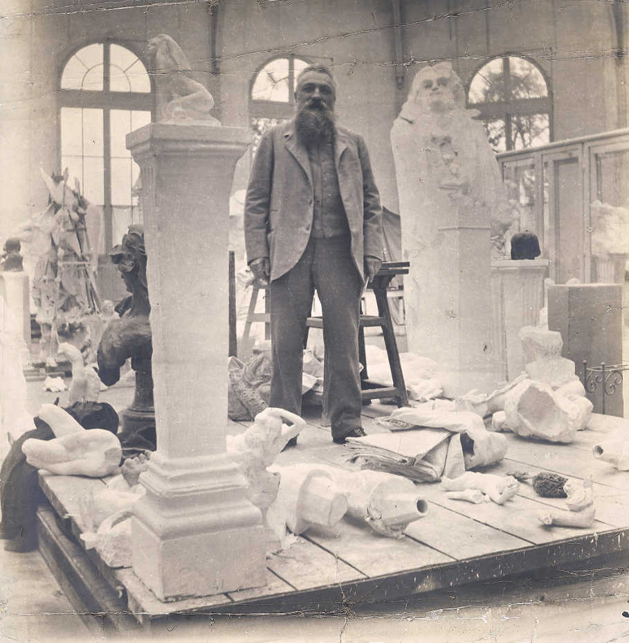 Eugène Druet, Auguste Rodin zwischen seinen Werken in seinem Atelier
