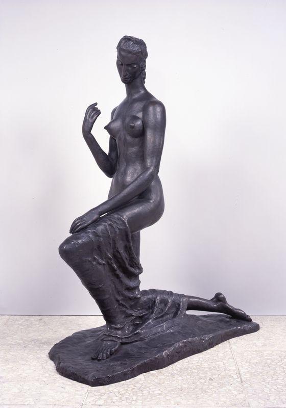 Wilhelm Lehmbruck, Kniende, 1911, Kneeling Woman, Bronze, 174,5 × 67,7 × 140 cm Privatbesitz.