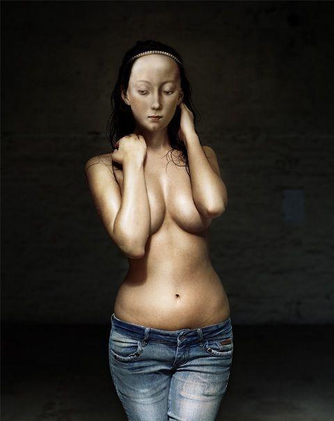 Dorothee Goltz, Jeans-Madonna, 2007, C-Print und Diasec, 126,5 x 100 cm © bei der Fotografin.