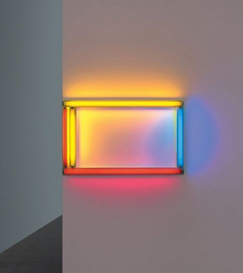 Dan Flavin, a primary picture, 1964, Rote, gelbe und blaue Leuchtstoffröhre, 61 cm hoch, 122 cm breit, Photo: Billy Jim, New York © Stephen Flavin/VBK Wien, 2012