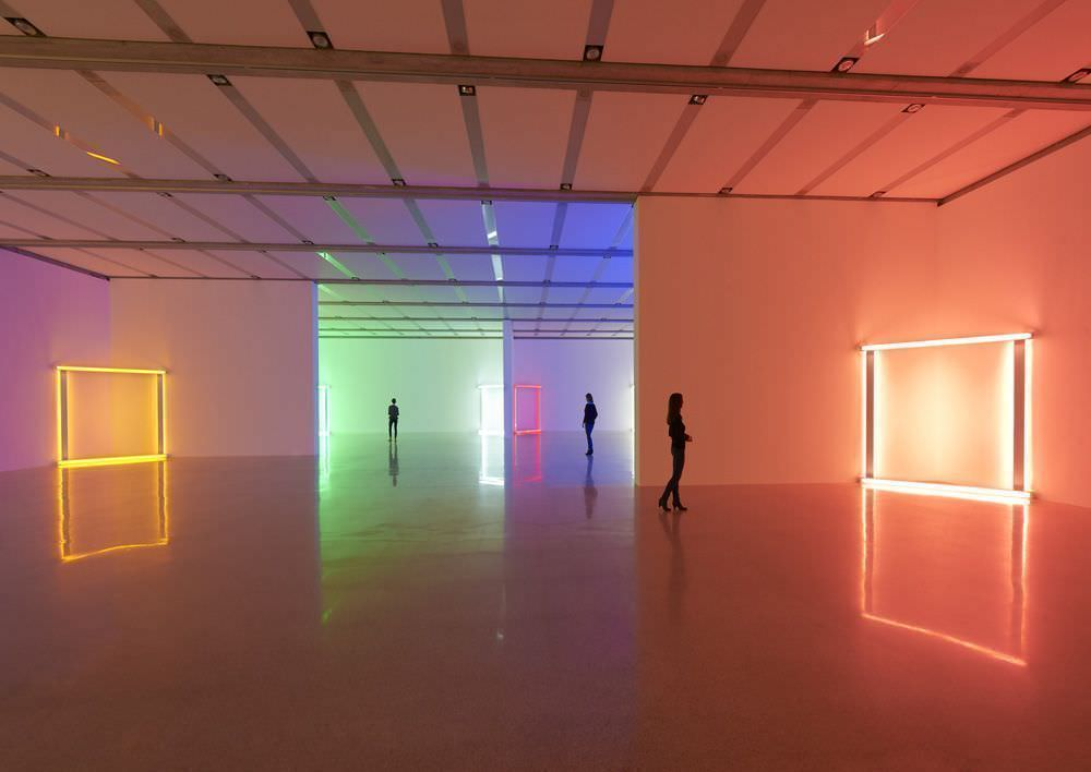 "Ausstellungsansicht Dan Flavin – Lights, mumok, 13.10.2012 – 3.2.2013, Ebene 0, ""European Couples"", 1966-1971 (Dan Flavin, untitled (to Christina and Bruno), 1966–1971; untitled (to Janet and Allen), 1966–1971; untitled (to Sabine and Holger), 1966–1971; untitled (to Karin and Walther), 1966–1971; untitled (to Katharina and Christoph), 1966–1971; untitled (to Pia and Franz), 1966–1971; untitled (to Heidi and Uwe), 1966–1971; untitled (to Barbara and Joost), 1966–1971; untitled (to dear, durable So from Stephen, Sonja and Dan) two, 1969), Photo: mumok © Stephen Flavin/VBK Wien, 2012"