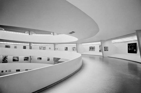"Ausstellungsansicht ""Inaugural Selection"", Solomon R. Guggenheim Museum, New York, 21. Oktober 1959–19. Juni 1960."