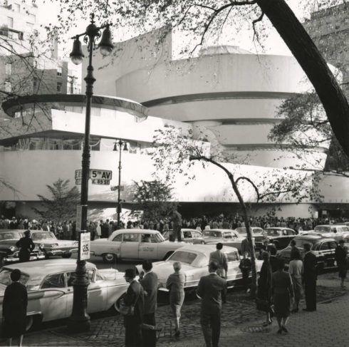 Eröffnung des Solomon R. Guggenheim Museum, New York, 21. Oktober 1959, Foto: Robert E. Mates. © Solomon R. Guggenheim Foundation, New York