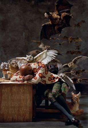 Yinka Shonibare, The Sleep of Reason Produces Monsters (Asia), 2008, C-Print auf Aluminium, 182,9x 125,7 cm, © Yinka Shonibare MBE / Courtesy James Cohan Gallery, New York / Stephen Friedman Gallery, London