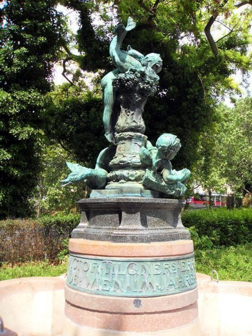 Gedenkbrunnen an Viktor Tilgner von Victor Tilgner 1844-1896, 1902 aufgestellt, Foto: Alexandra Matzner.