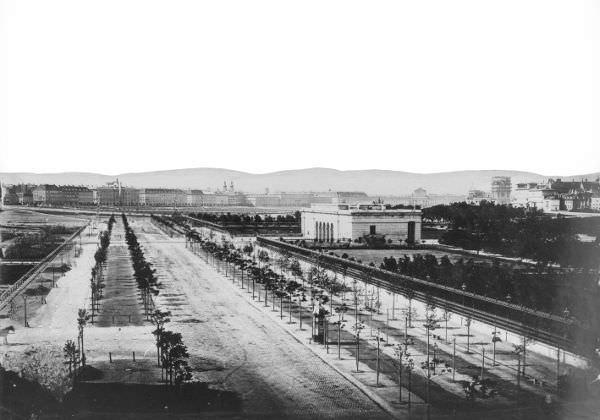 Anonym, Burgring mit Blick Richtung Äußeres Burgtor, um 1865, Österreichische Nationalbibliothek.
