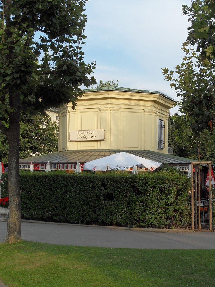 Wiener Volksgarten, Cafehaus/ Milchtrinkhalle © Foto: Alexandra Matzner.